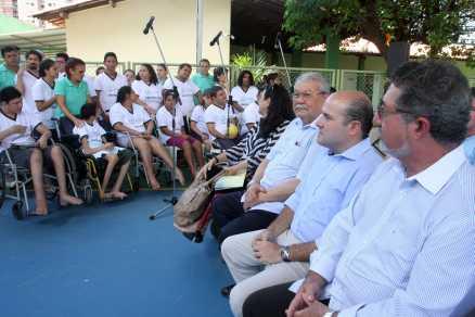 Foto de pessoas com deficiência presentes no Centro