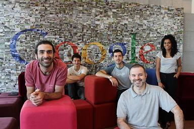 Cinco integrantes do Comitê de Pessoas com Deficiência do Google