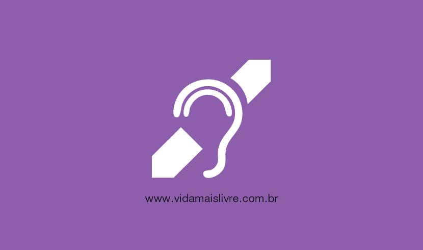 Símbolo da deficiência auditiva, em fundo roxo